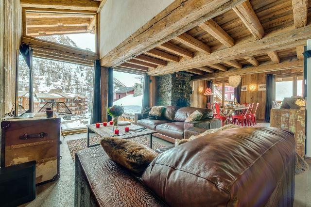 Location villa de luxe apartement chalet de luxe vente for Piscine val d isere
