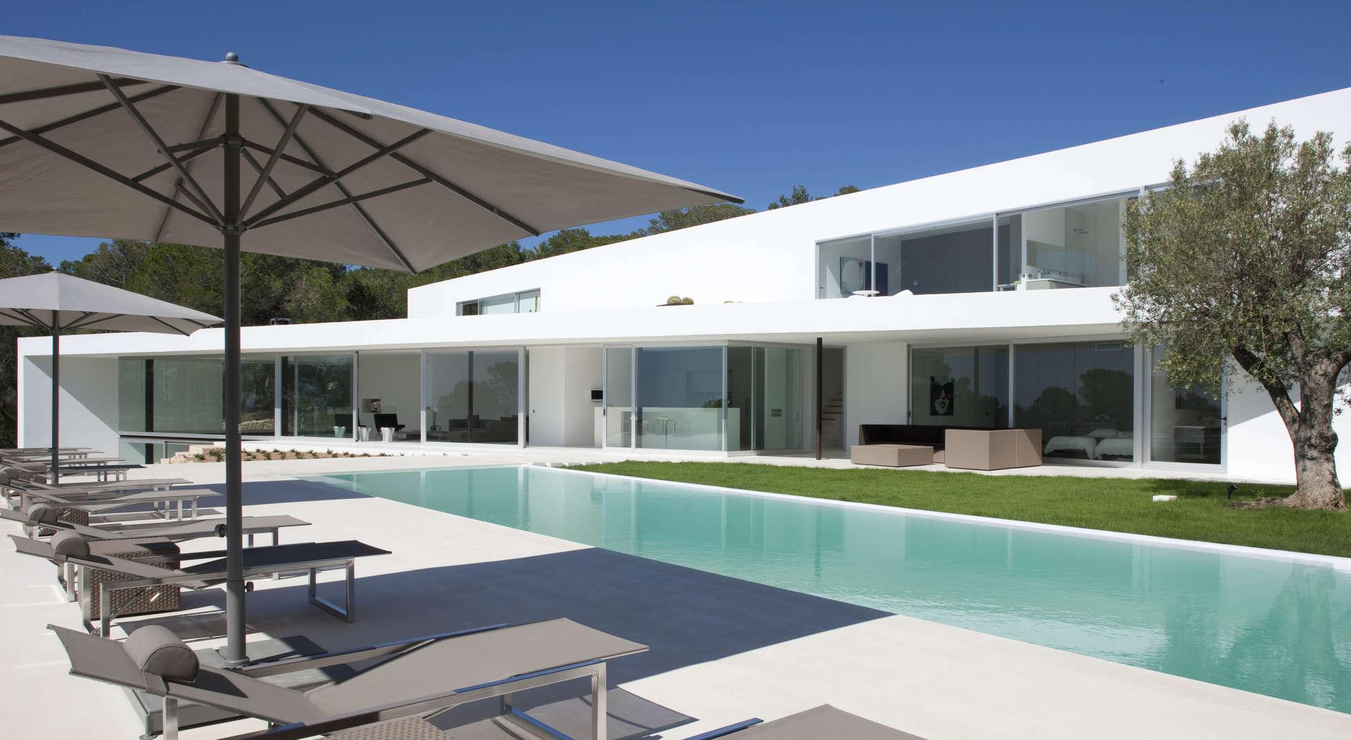 luxury villas of the world