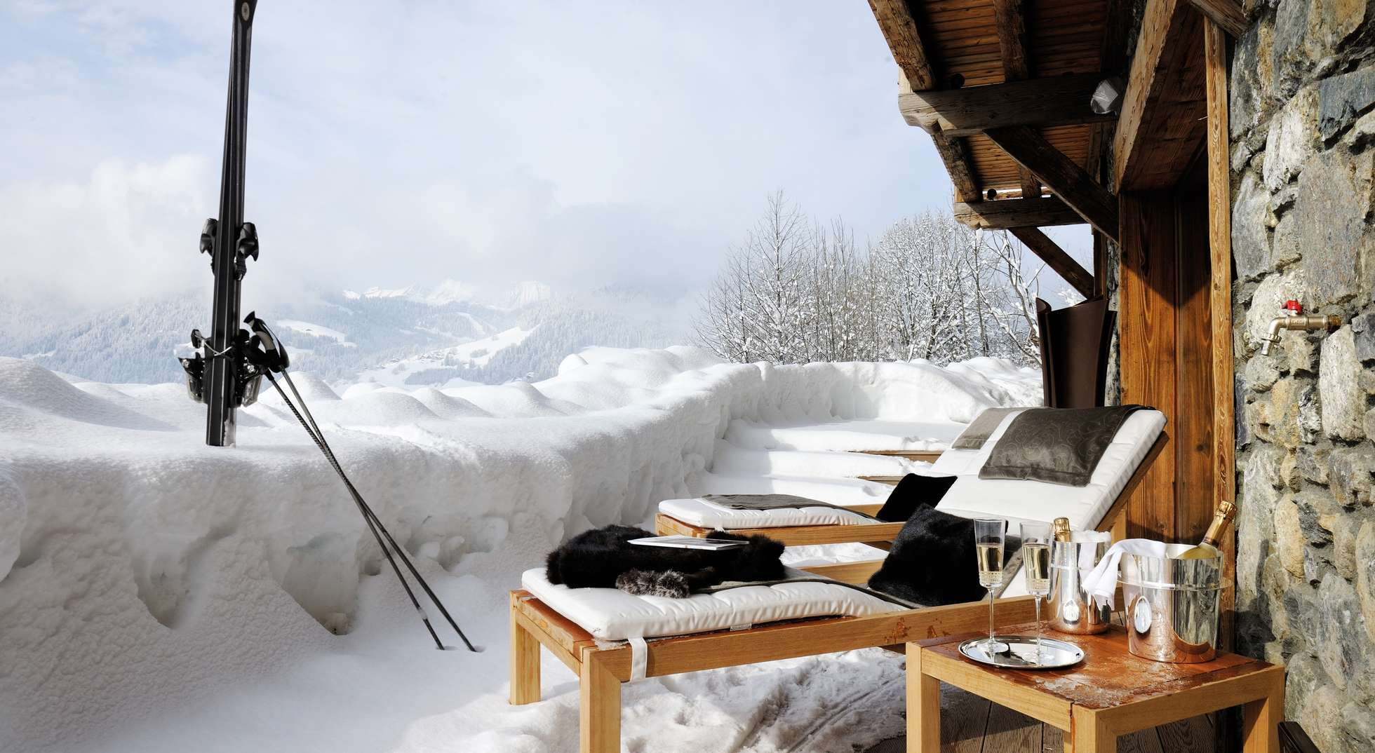 rent exclusive luxury villas discover stunning destinations indulge in our unique concierge service